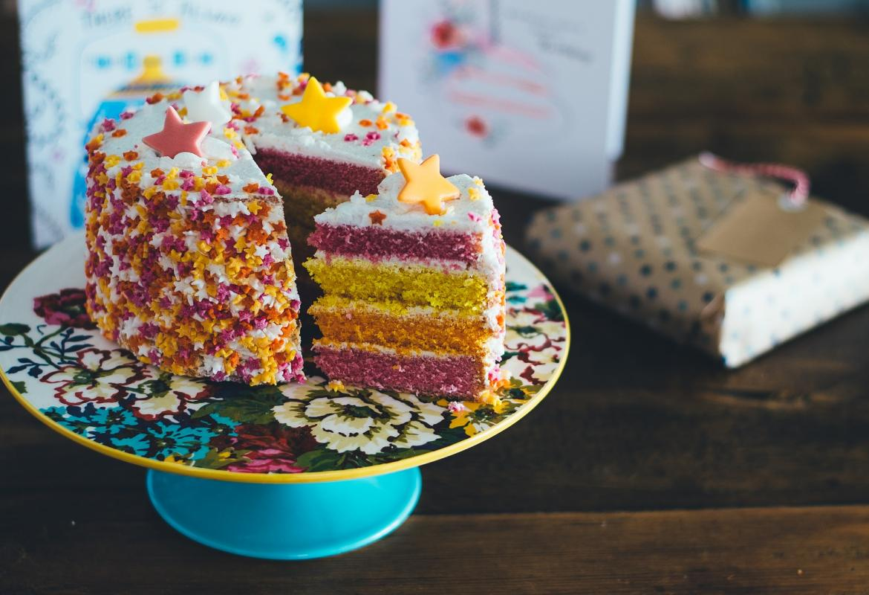 Tarta de colores