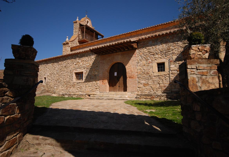 Iglesia de San Nicolás Bari en Horcajuelo