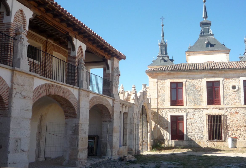 Caballerizas del Palacio de Goyeneche