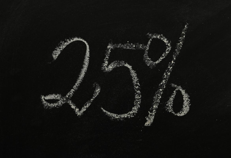 25 por ciento sobre pizarra