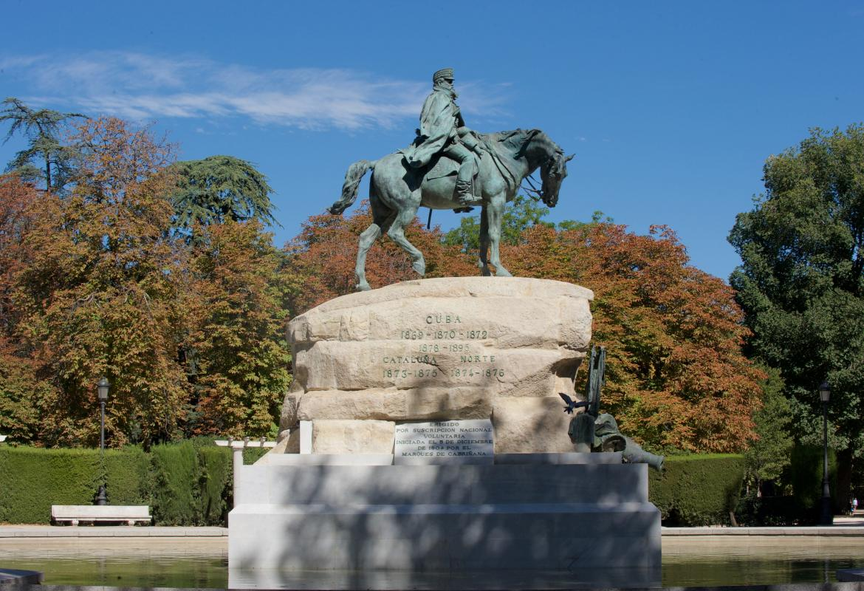 Monumento Ecuestre al General Martínez Campos