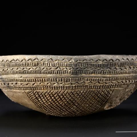 Cuenco campaniforme de Estilo Ciempozuelos de las tumbas 1 y 4