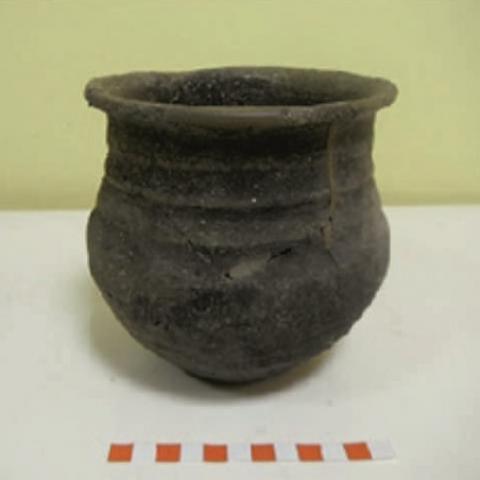 Imagen de otra cerámica doméstica mas del yacimiento de la Fuente de la Mora