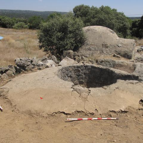 Imagen de pozo de tirador y fortín de posición Calvario