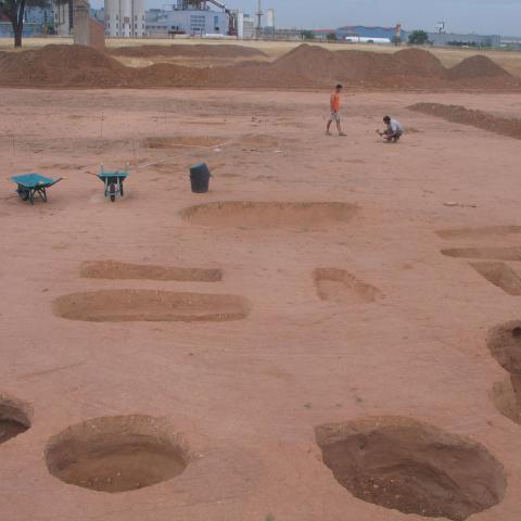 Imagen de área con tumbas tardorromanas e hispano-vsigodas