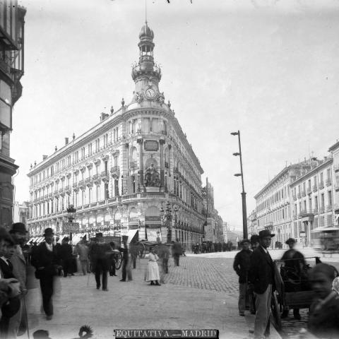Edificio de la Equitativa en la calle Alcalá, Madrid. Casiano Alguacil
