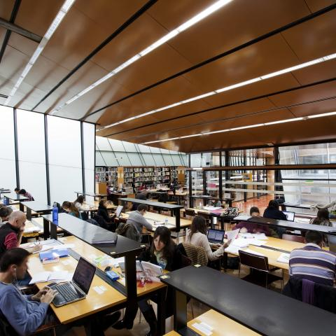 Biblioteca Rafael Alberti (Fuencarral El Pardo)