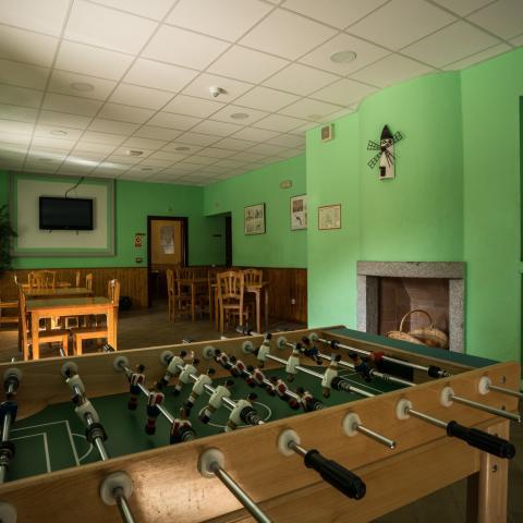 Salón Albergue Juvenil Dehesas