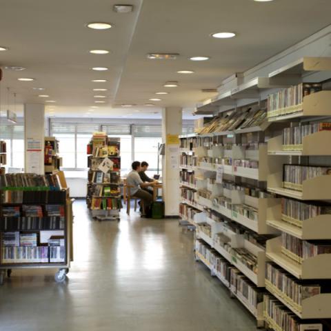 Biblioteca Acuña (Moncloa-Aravaca)