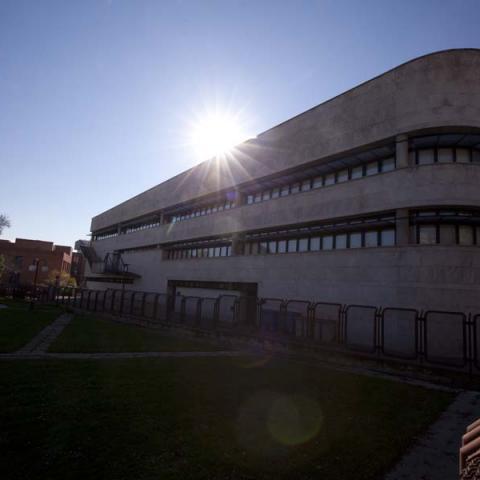 Biblioteca Antonio Mingote (Latina)