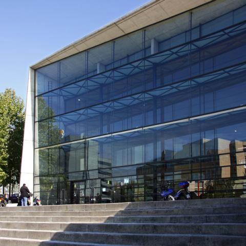 Biblioteca Rafael Alberti