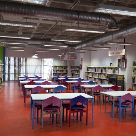 Biblioteca Miguel Hernández ( Puente de Vallecas)