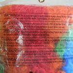 Peluca de colores etiqueta