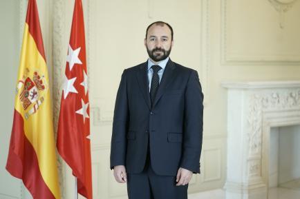 Manuel Giménez Rasero. Consejero de Economía, Empleo y Competitividad